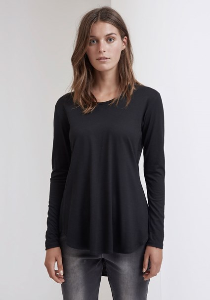 buy the latest Wella Tee - Black Wool online