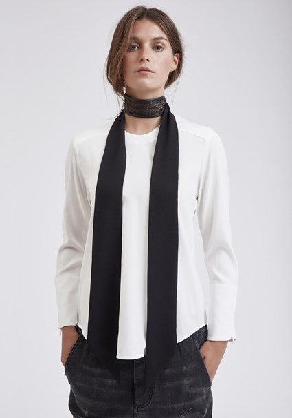 buy the latest Nappa Collar online