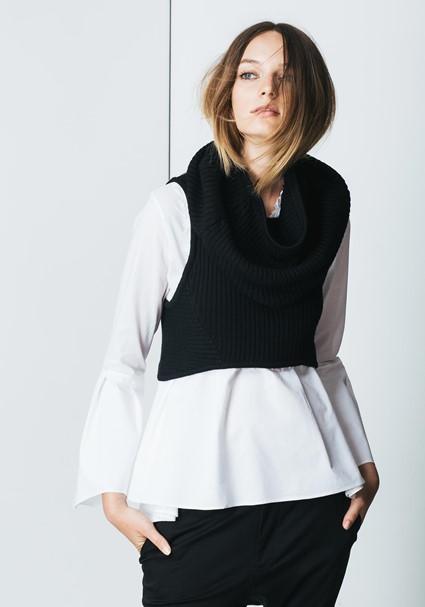 buy the latest Elme Vest online