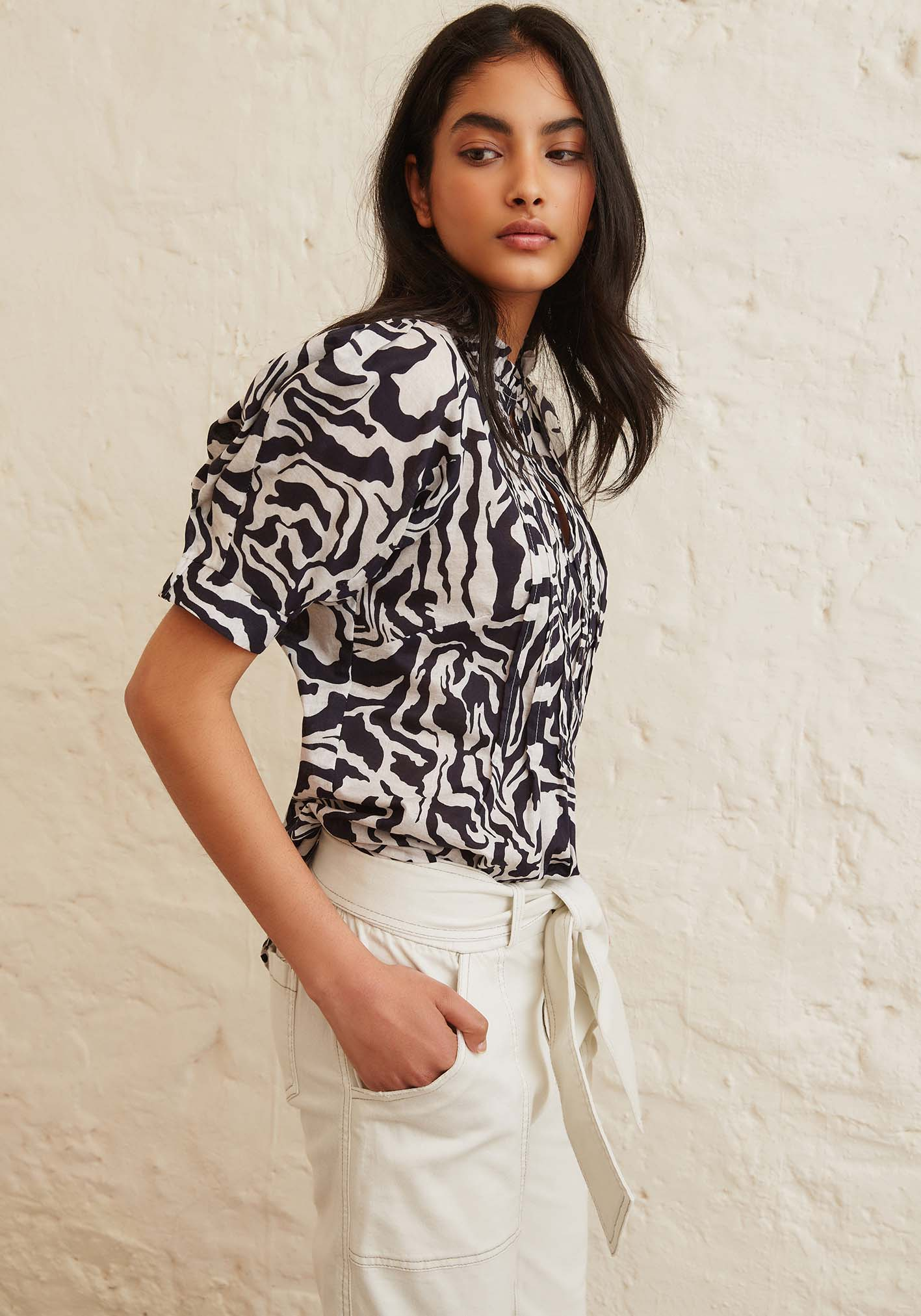 Sally Phillips - Adelaide Fashion Designer - S | S 1 9